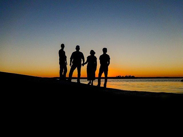 Organiser un voyage pour rafraîchir l'atmosphère familiale